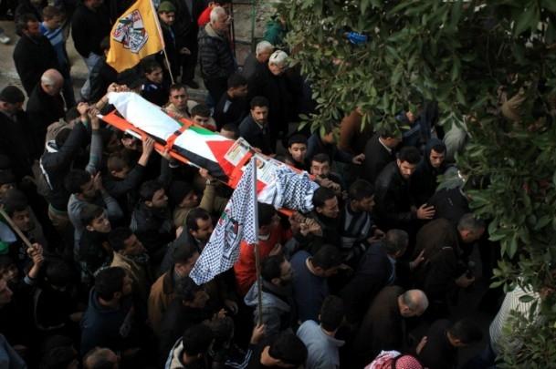 Nablus'ta cenaze törenine gaz bombalı müdahale 1