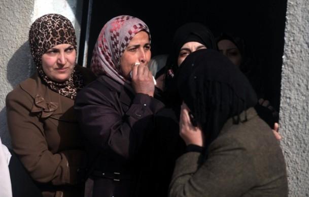 Nablus'ta cenaze törenine gaz bombalı müdahale 3