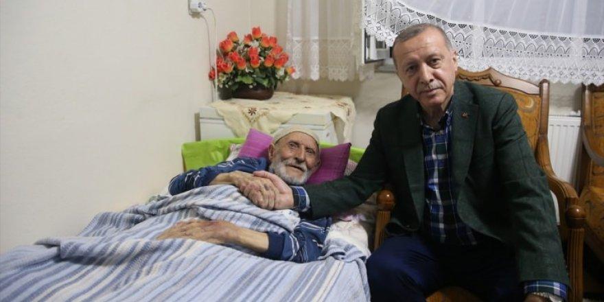 Başkan Erdoğan'dan duygulandıran ziyaret