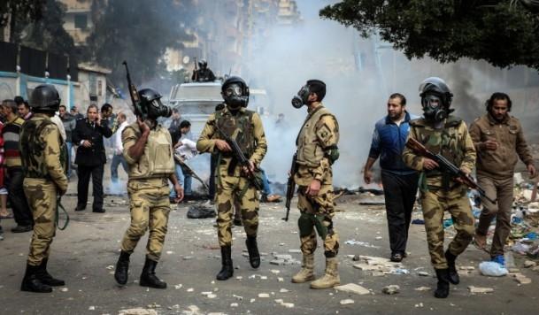 Mısır'da darbe karşıtı gösteriler 21