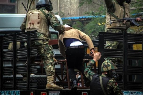 Mısır'da darbe karşıtı gösteriler 7
