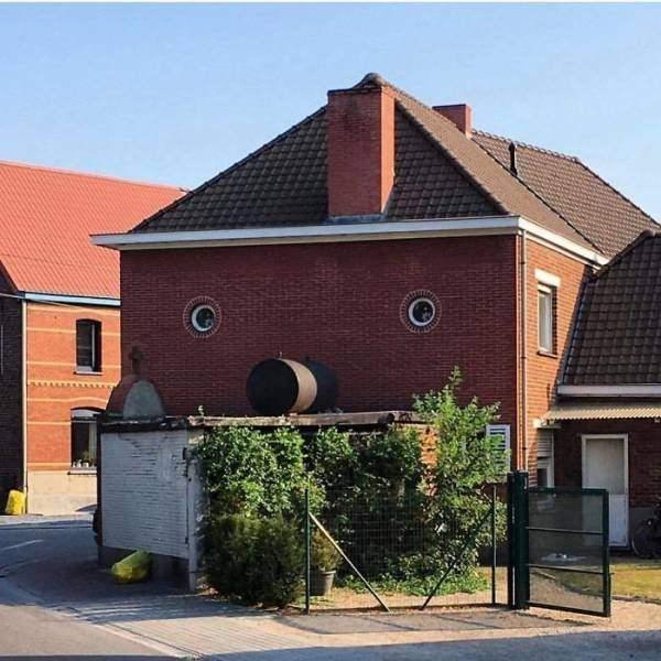 Birbirinden ilginç tasarıma sahip evler 1