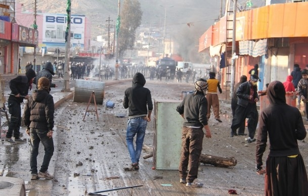 Halepçe'nin il olması protestosu 4