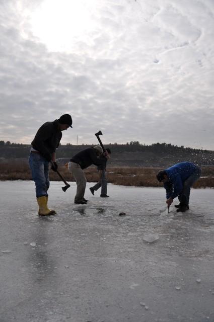 """Kızılırmak'ta """"Eskimo usulü"""" balık avı 14"""