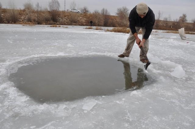 """Kızılırmak'ta """"Eskimo usulü"""" balık avı 3"""