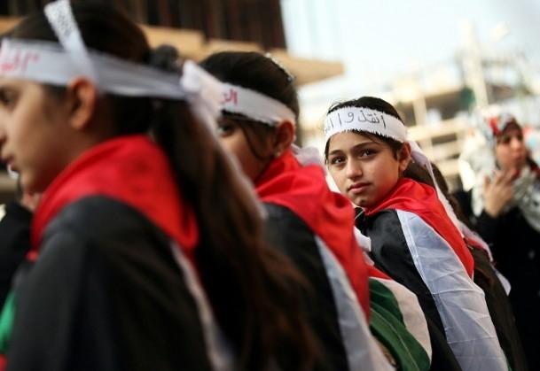 Yermuk kampındaki Filistinlilerle dayanışma gösterisi 10