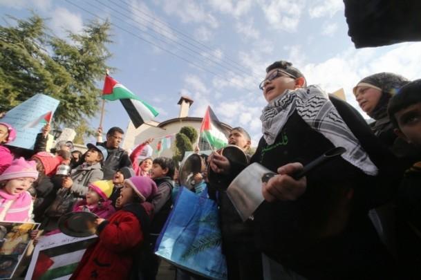 Yermuk kampındaki Filistinlilerle dayanışma gösterisi 6