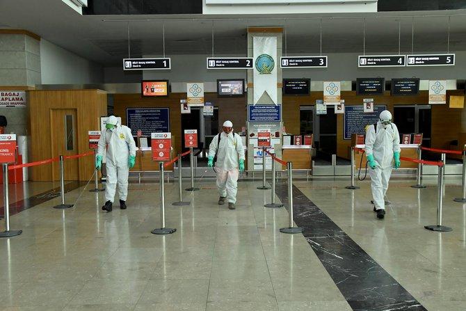 Konya Büyükşehir koronavirüsle mücadeleyi etkin şekilde sürdürüyor 1