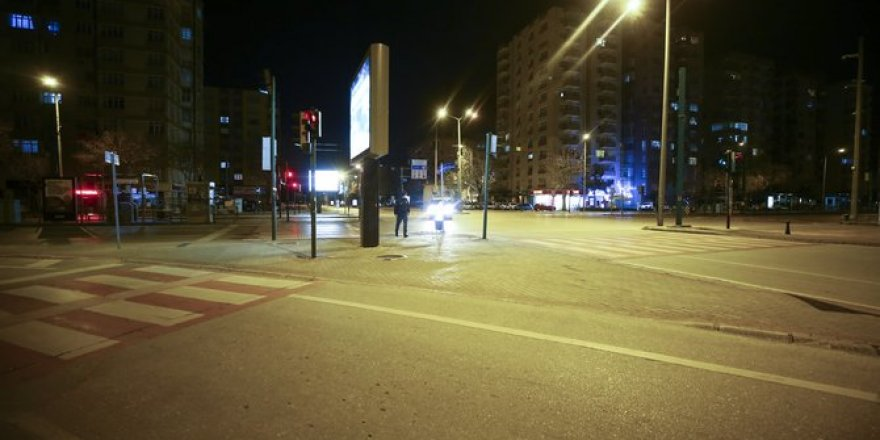 Konya sokağa çıkma yasağının ardından sokaklar boşaldı