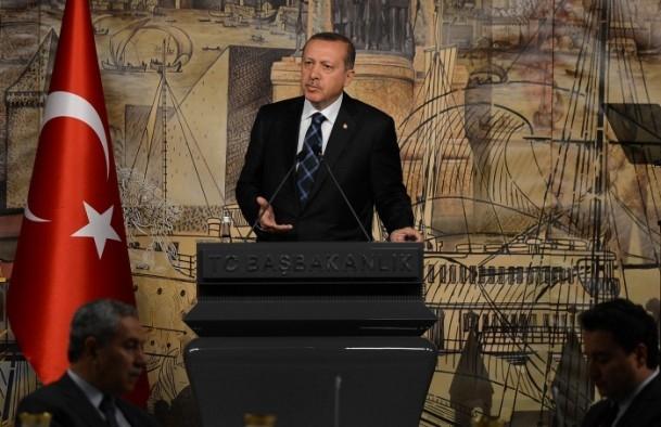 Başbakan Erdoğan gazeteci ve yazarlarla buluştu 8