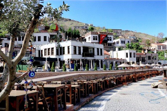 Konya'nın tarihi mahallesi Sille'de koronavirüs sessizliği 1