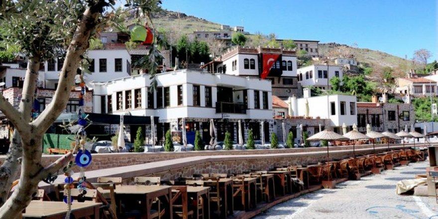 Konya'nın tarihi mahallesi Sille'de koronavirüs sessizliği