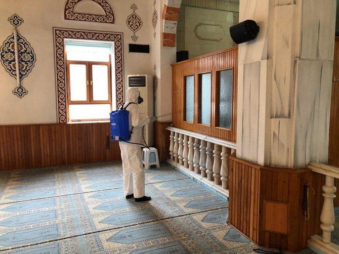 Konya'da camilerde alınan koronavirüs tedbirleri 1