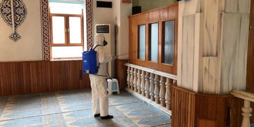 Konya'da camilerde alınan koronavirüs tedbirleri