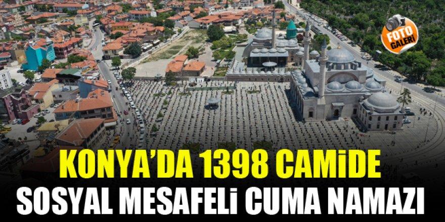 Konya'da 1398 camide sosyal mesafeli Cuma namazı