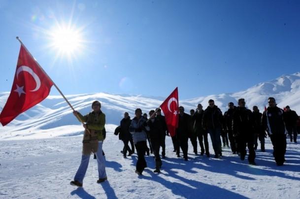 Türkiye Şehitleriyle Yürüyor 13