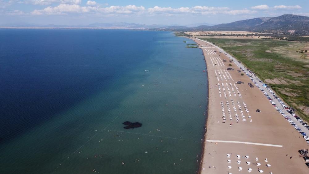 Burası ne Antalya ne de Muğla! Konya'nın plajına yoğun ilgi 12