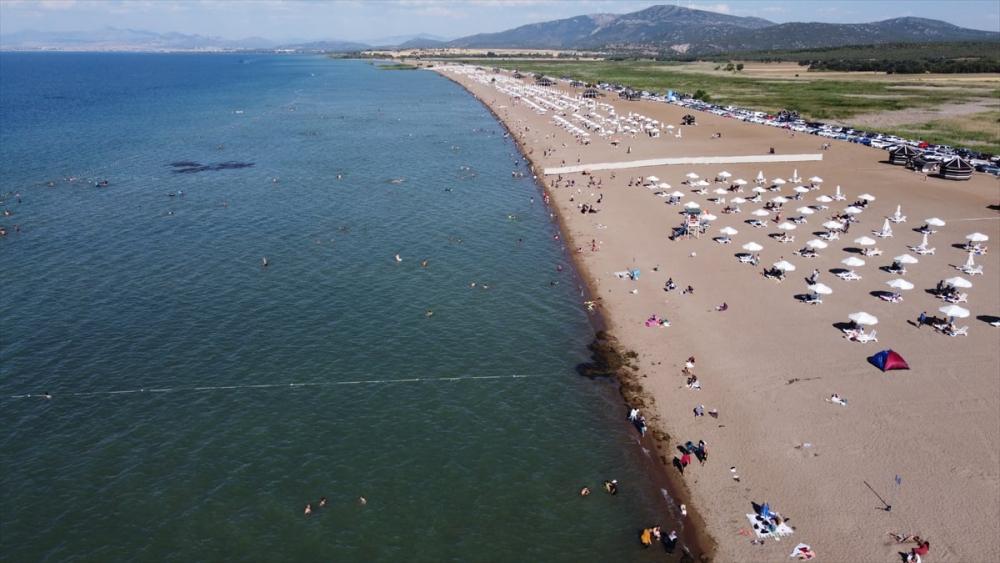 Burası ne Antalya ne de Muğla! Konya'nın plajına yoğun ilgi 14