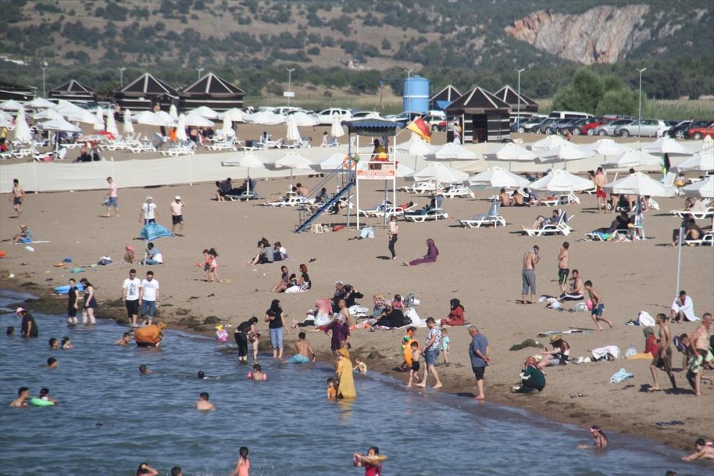 Burası ne Antalya ne de Muğla! Konya'nın plajına yoğun ilgi 5
