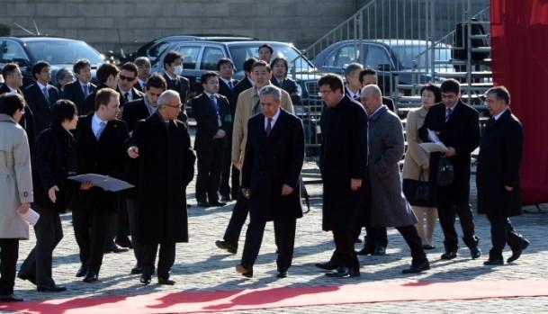 Başbakan Erdoğan Japonya'da askeri törenle karşılandı 18