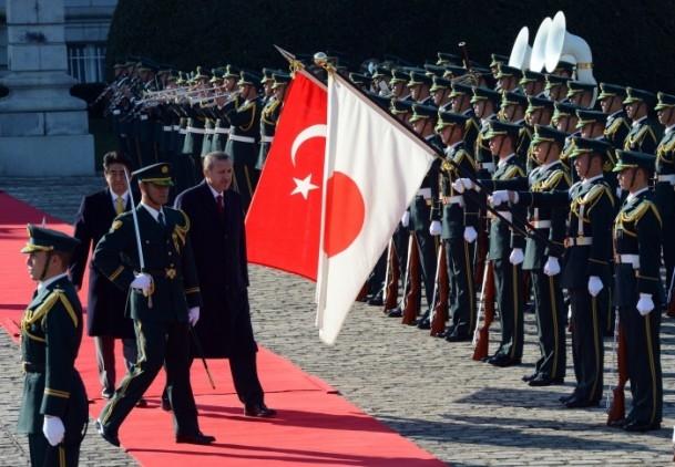 Başbakan Erdoğan Japonya'da askeri törenle karşılandı 5