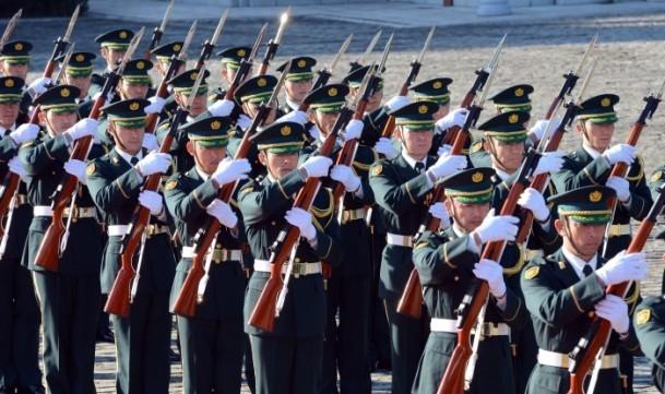 Başbakan Erdoğan Japonya'da askeri törenle karşılandı 6