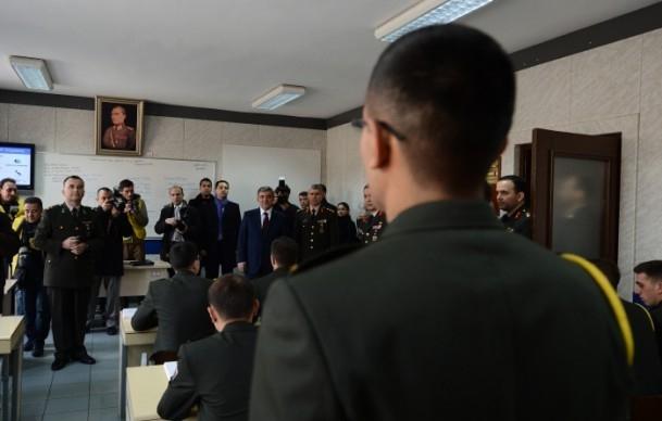 Cumhurbaşkanı Gül Kara Harp Okulu'nu ziyaret etti 4