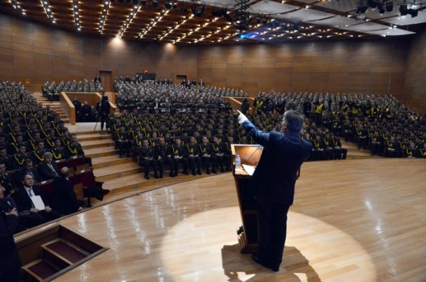 Cumhurbaşkanı Gül Kara Harp Okulu'nu ziyaret etti 7
