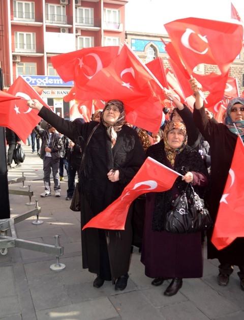 """Konya, """"Milli İrade""""ye kast edenleri telin etti... 4"""