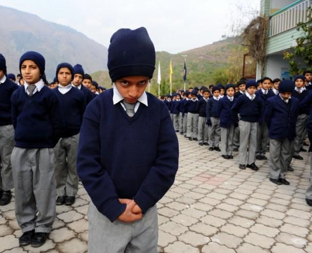 Pakistan'da ''yetim olmak'' 20