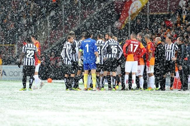 Galatasaray-Juventus maçına kar engeli 2