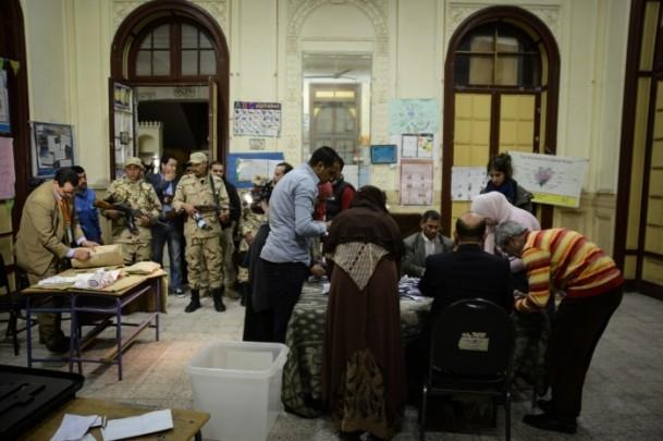 Mısır'daki anayasa referandumu sona erdi 1