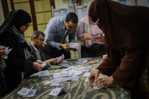 Mısır'daki anayasa referandumu sona erdi 10