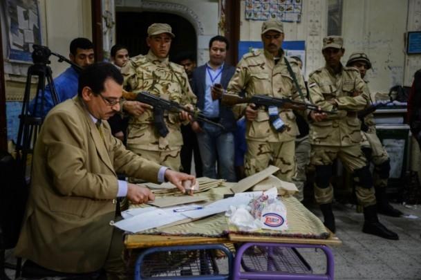 Mısır'daki anayasa referandumu sona erdi 6