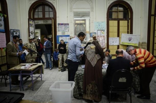 Mısır'daki anayasa referandumu sona erdi 9