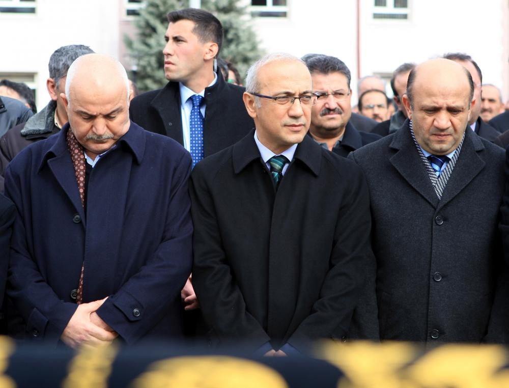 Konya Milletvekili Kabakcı'nın babasının cenaze töreni 10