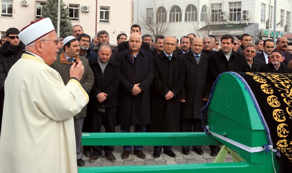 Konya Milletvekili Kabakcı'nın babasının cenaze töreni 2