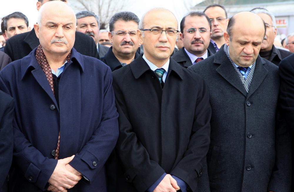 Konya Milletvekili Kabakcı'nın babasının cenaze töreni 4