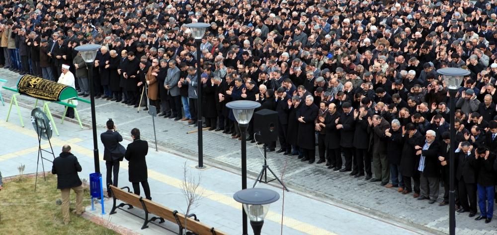 Konya Milletvekili Kabakcı'nın babasının cenaze töreni 5