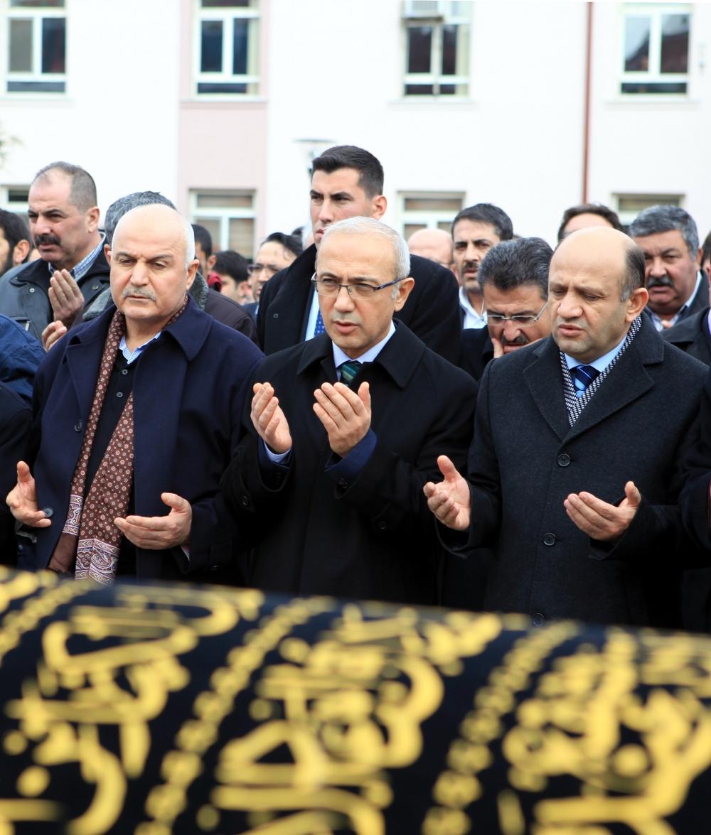 Konya Milletvekili Kabakcı'nın babasının cenaze töreni 6