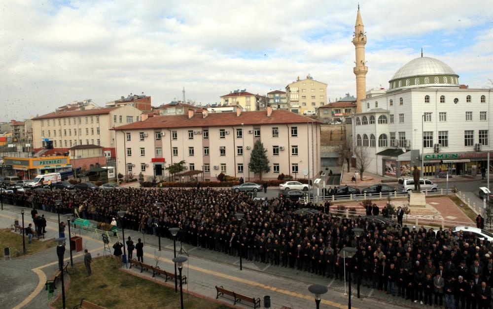 Konya Milletvekili Kabakcı'nın babasının cenaze töreni 9