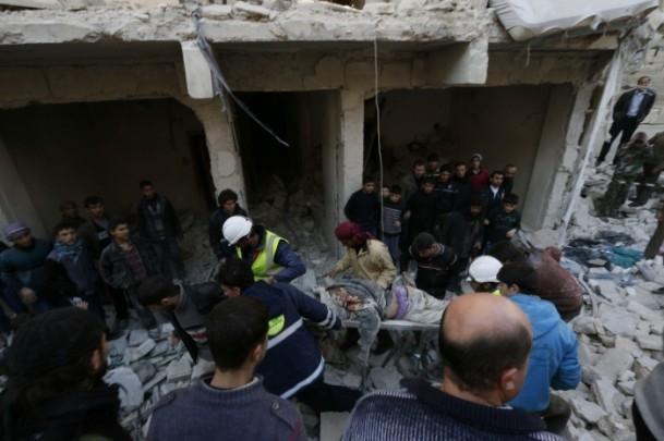 """Suriye'de """"varil bombalı"""" saldırı 15"""