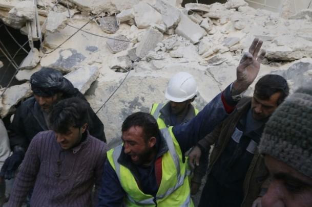 """Suriye'de """"varil bombalı"""" saldırı 7"""