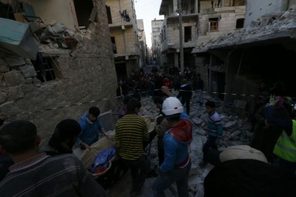 """Suriye'de """"varil bombalı"""" saldırı 9"""