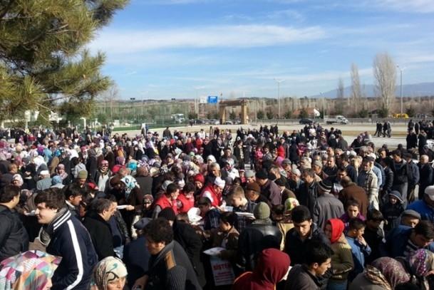 Kütahya'da 5 bin kişi yağmur ve kar duasına çıktı 5
