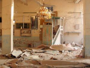 Halep'te varil bombalı saldırılar