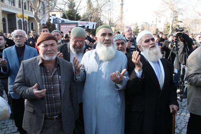 Konya'da STK'lar Suriye'deki katliamı protesto etti 6