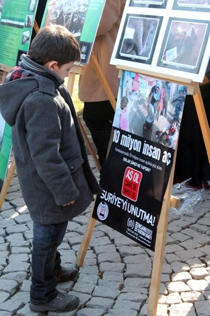 Konya'da STK'lar Suriye'deki katliamı protesto etti 9