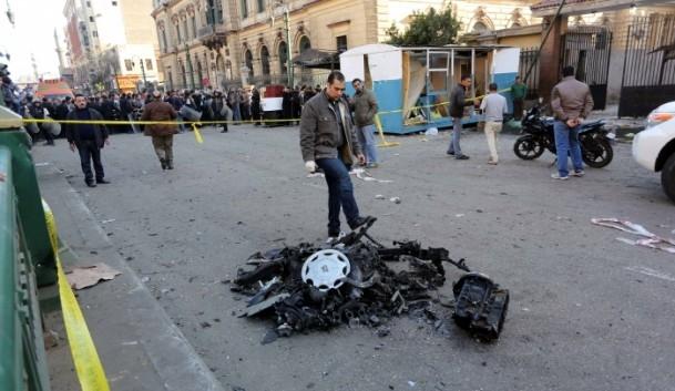 Mısır'da bombalı saldırı 6