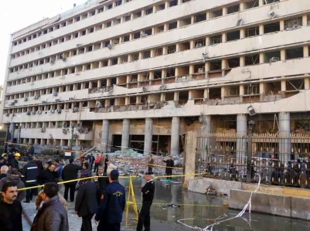 Mısır'da bombalı saldırı 9
